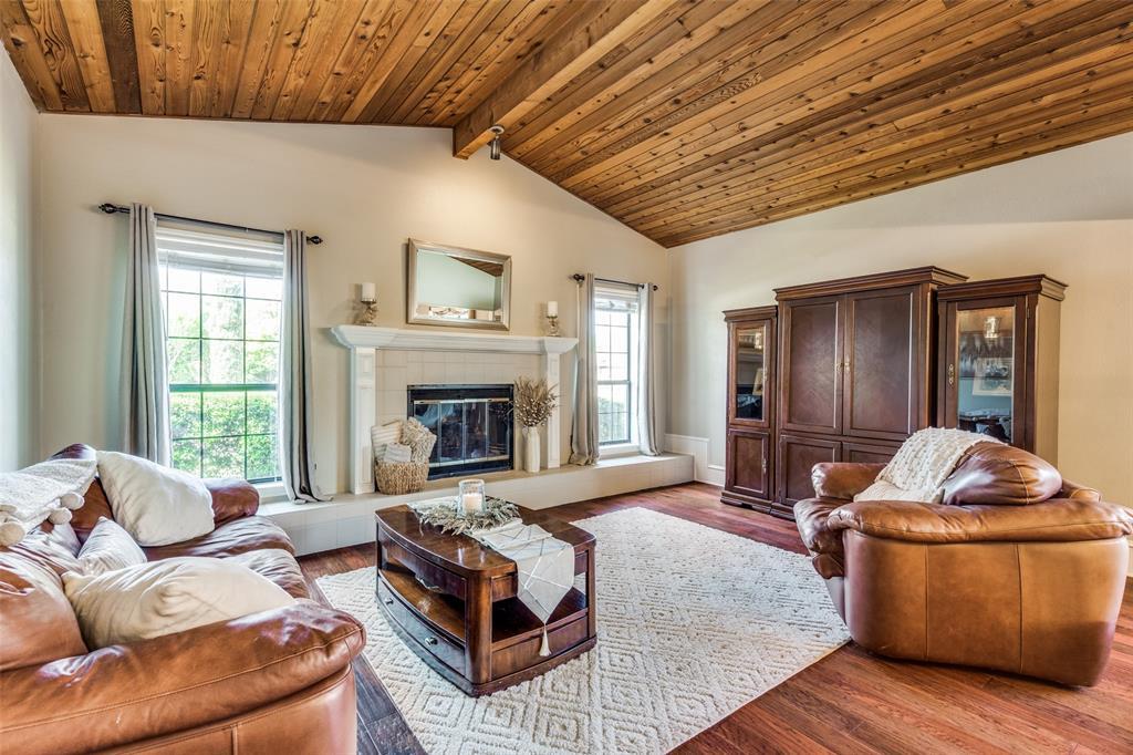 4304 Joshua  Lane, Dallas, Texas 75287 - acquisto real estate best real estate company to work for