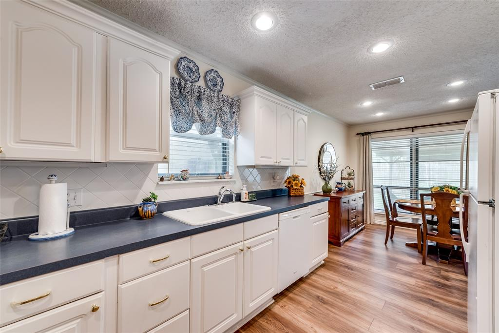 2720 Quail  Valley, Irving, Texas 75060 - acquisto real estate best listing listing agent in texas shana acquisto rich person realtor