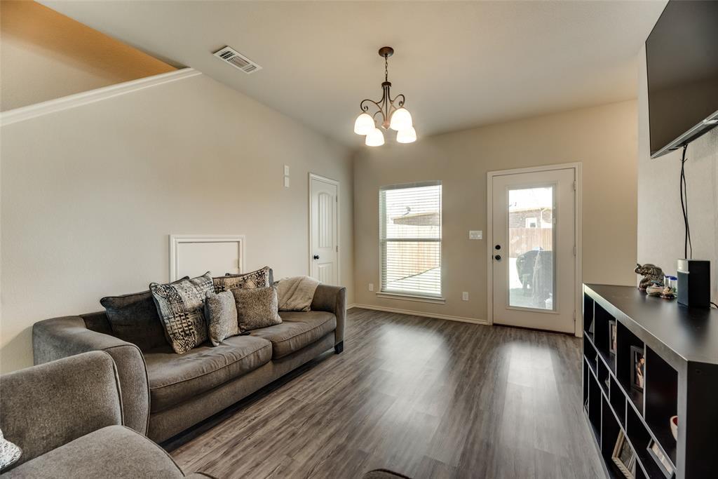 1016 Skyview  Court, Midlothian, Texas 76065 - acquisto real estate best luxury buyers agent in texas shana acquisto inheritance realtor