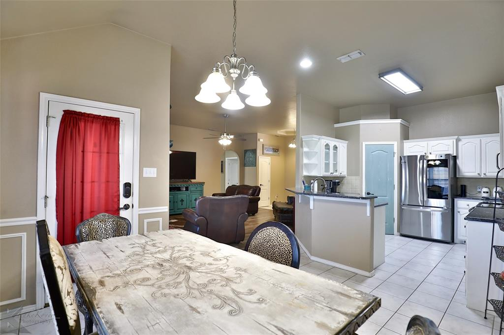 5118 Holly Way, Abilene, Texas 79606 - acquisto real estate best real estate company to work for