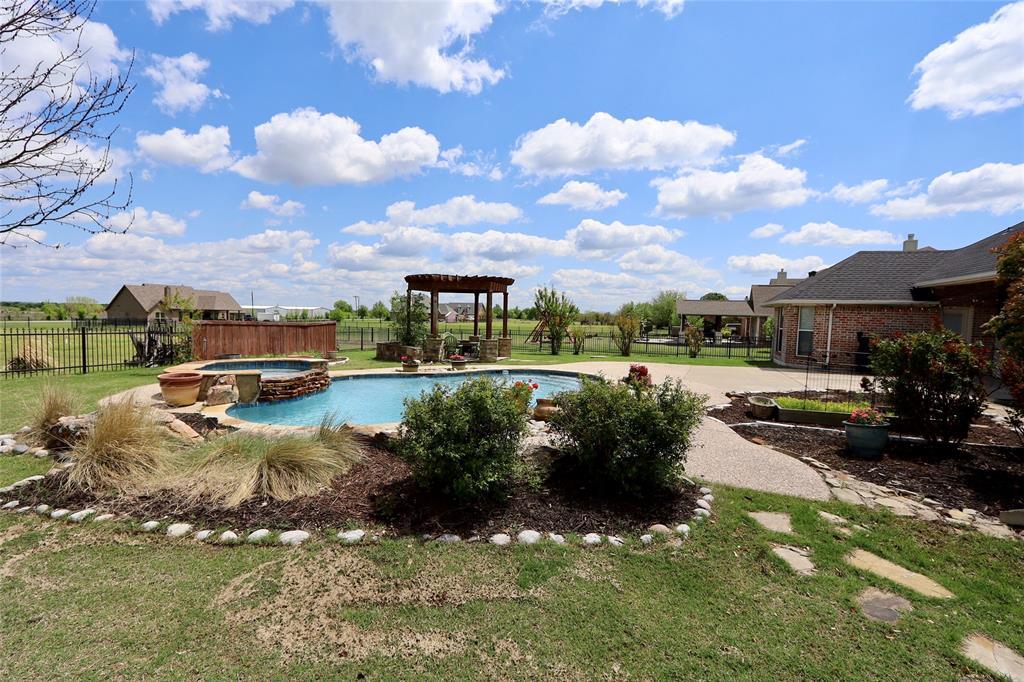 10188 Dennehy  Drive, Talty, Texas 75126 - acquisto real estate smartest realtor in america shana acquisto
