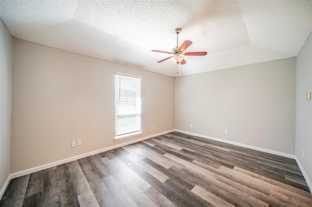 6230 Fernwood  Drive, Arlington, Texas 76001 - acquisto real estate best luxury buyers agent in texas shana acquisto inheritance realtor