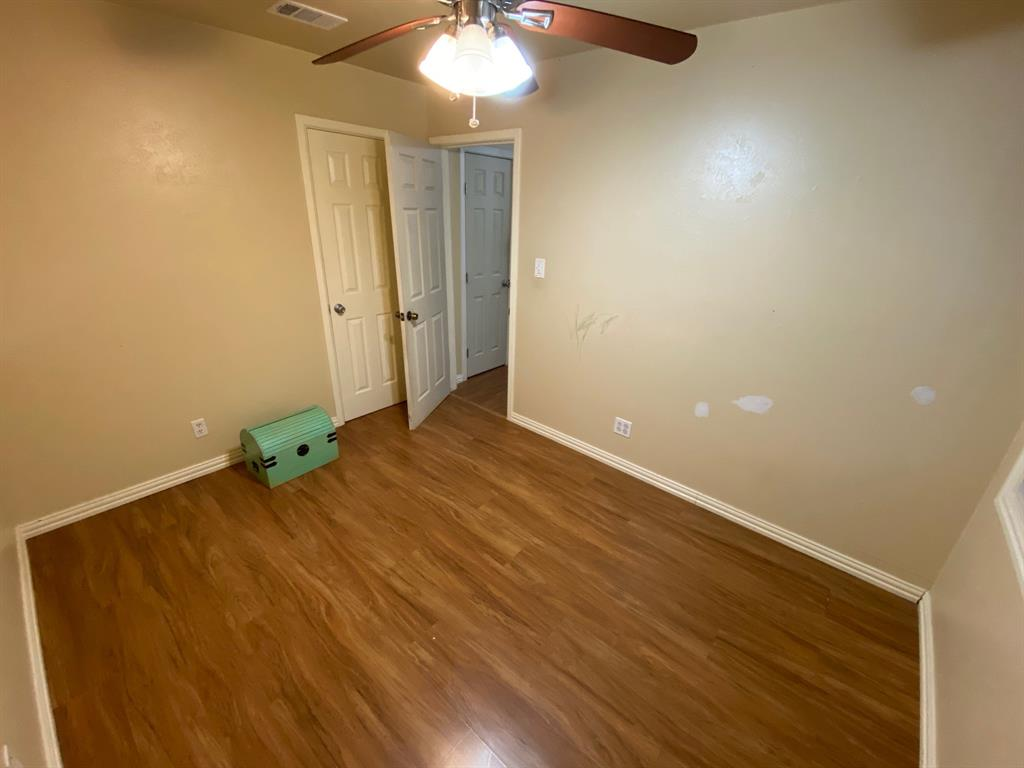 316 Southern Avenue, Saginaw, Texas 76179 - acquisto real estate best investor home specialist mike shepherd relocation expert