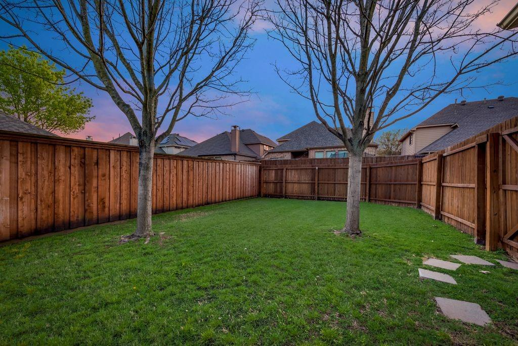 2600 Black Canyon Drive, McKinney, Texas 75072 - acquisto real estate best investor home specialist mike shepherd relocation expert
