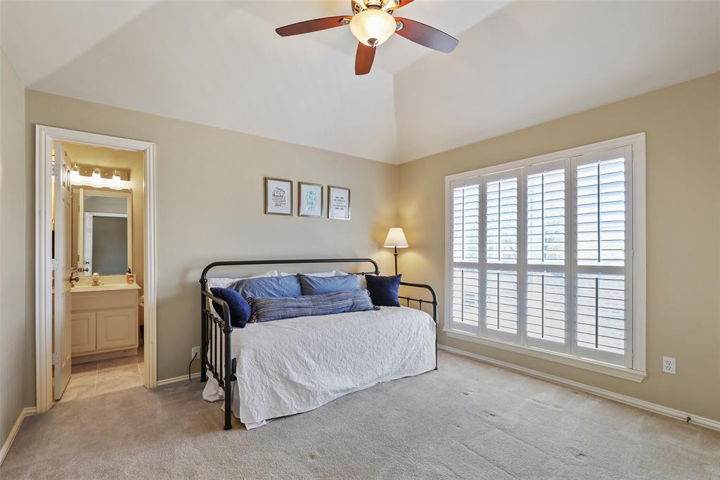 3828 Peppertree  Drive, Carrollton, Texas 75007 - acquisto real estate best negotiating realtor linda miller declutter realtor