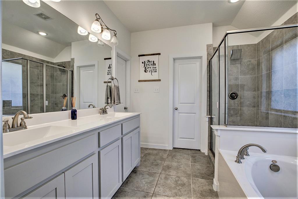 3920 Madison Lane, Denton, Texas 76208 - acquisto real estate best realtor dallas texas linda miller agent for cultural buyers