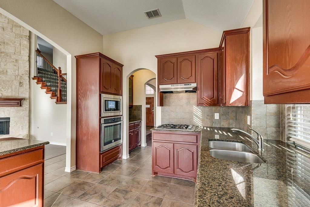 11805 Vienna Apple Road, Fort Worth, Texas 76244 - acquisto real estate best listing agent in the nation shana acquisto estate realtor