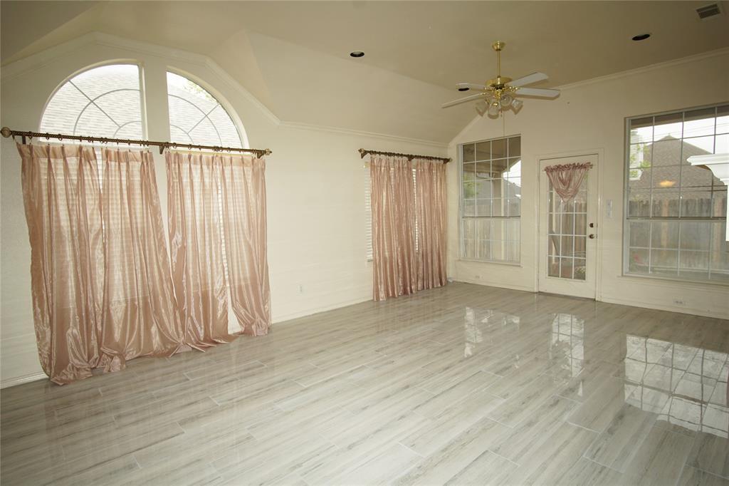 4711 Brazoswood  Court, Arlington, Texas 76017 - acquisto real estate best prosper realtor susan cancemi windfarms realtor
