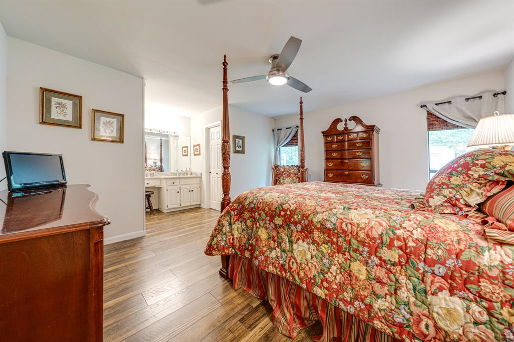 7800 Pebblebrook  Drive, Watauga, Texas 76148 - acquisto real estate best luxury buyers agent in texas shana acquisto inheritance realtor