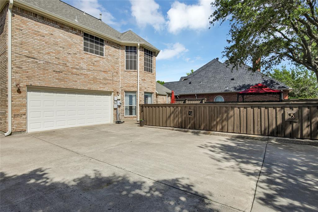 2404 Candlebrook  Drive, Flower Mound, Texas 75028 - acquisto real estate best real estate follow up system katy mcgillen