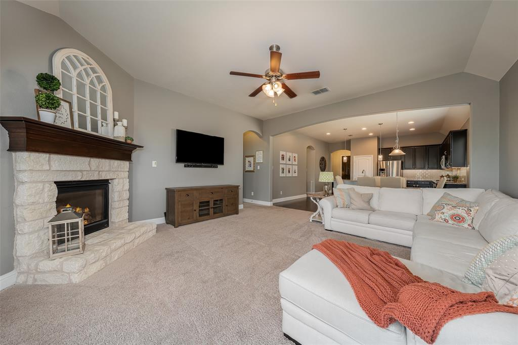 600 Sundrop  Drive, Little Elm, Texas 75068 - acquisto real estate best frisco real estate broker in texas for high net worth buyers