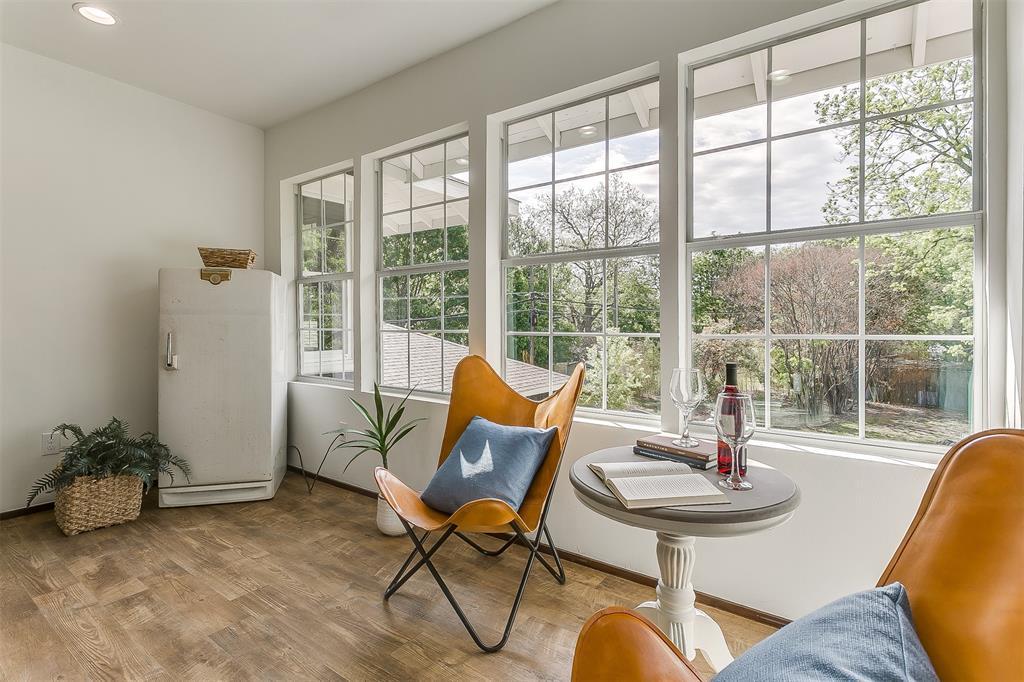 415 Featherston  Street, Cleburne, Texas 76033 - acquisto real estate smartest realtor in america shana acquisto