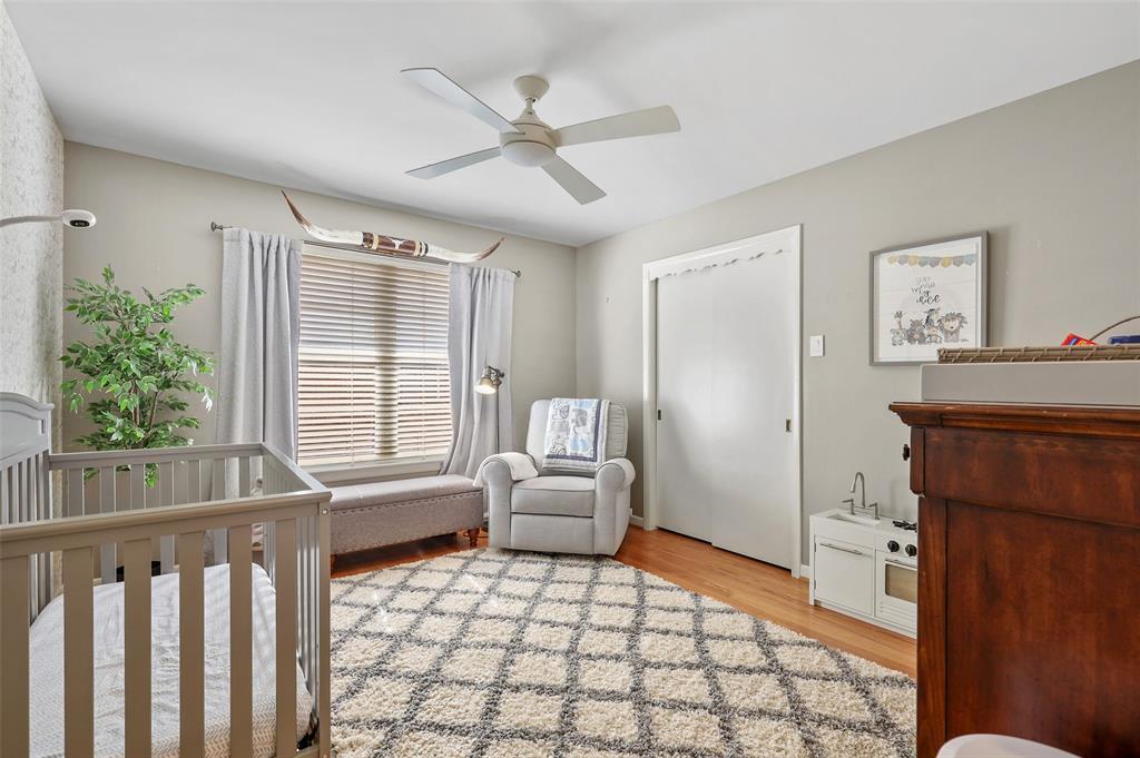6222 Crestmont Drive, Dallas, Texas 75214 - acquisto real estate best photos for luxury listings amy gasperini quick sale real estate