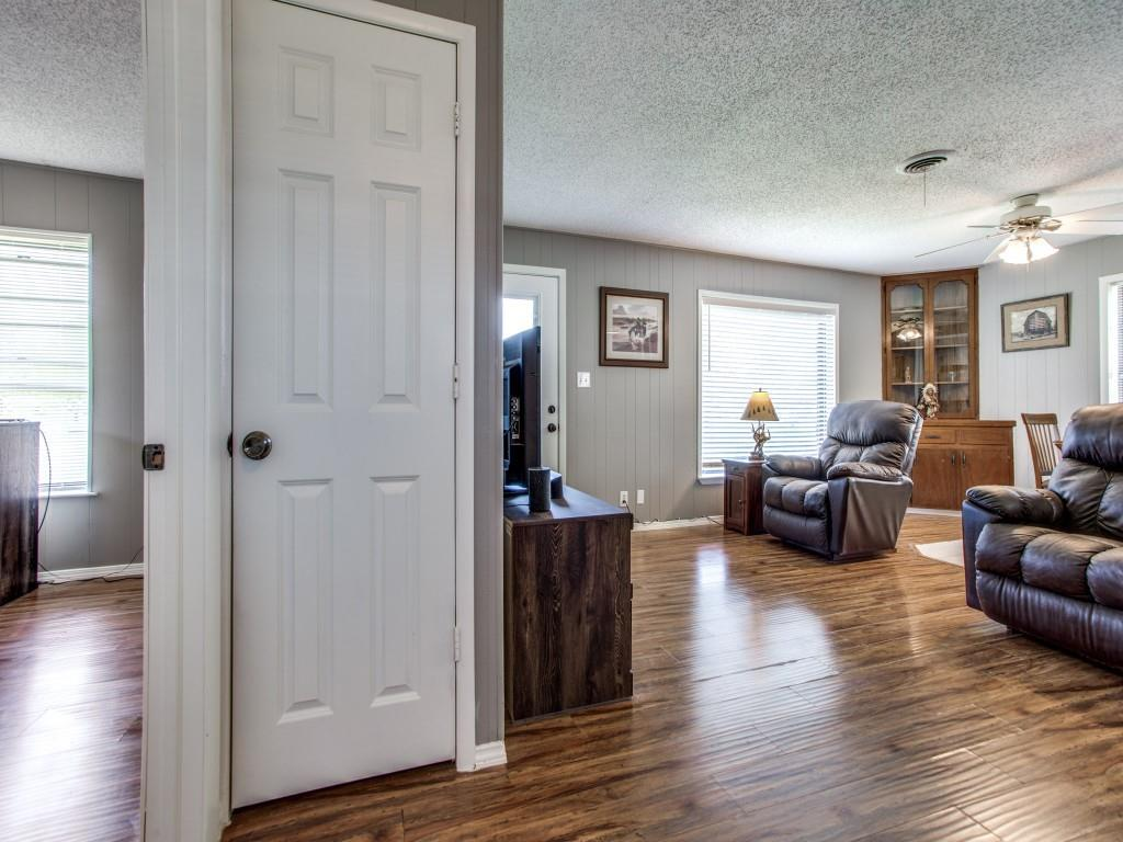 500 5th  Street, Gunter, Texas 75058 - acquisto real estate best real estate company in frisco texas real estate showings
