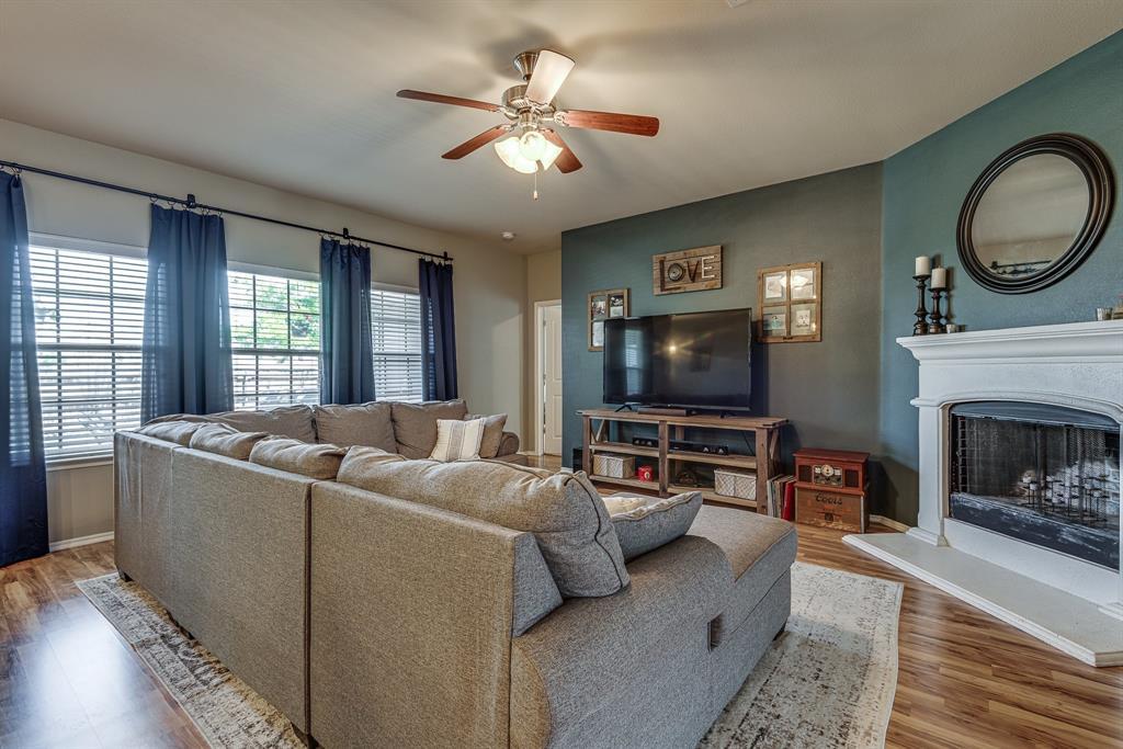 127 Sumac  Drive, Waxahachie, Texas 75165 - acquisto real estate best highland park realtor amy gasperini fast real estate service