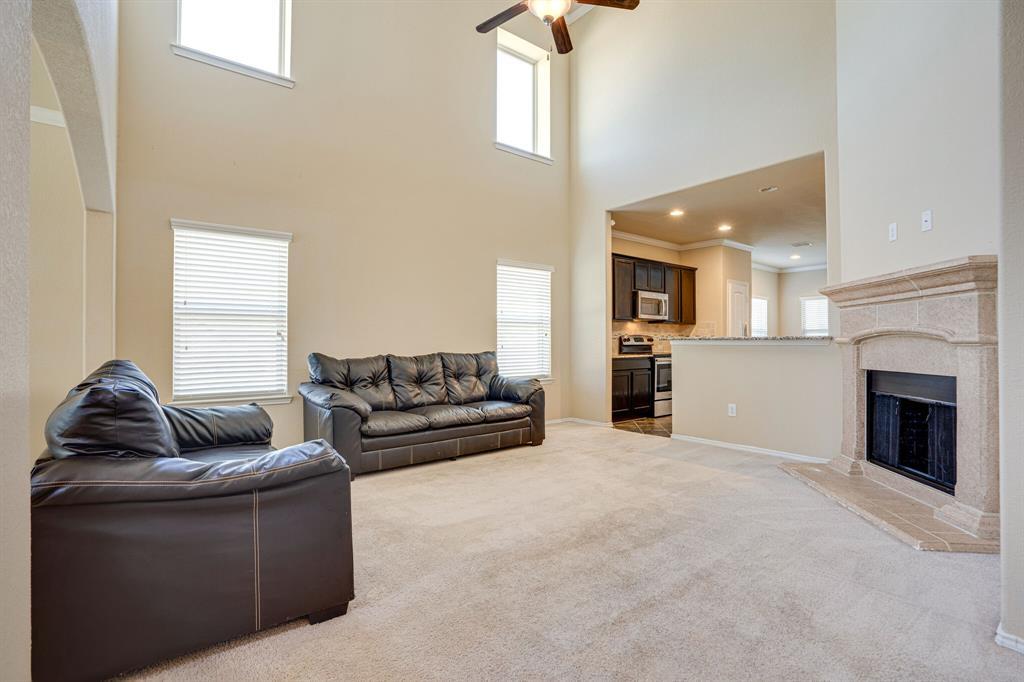 9101 Holliday  Lane, Aubrey, Texas 76227 - acquisto real estate best prosper realtor susan cancemi windfarms realtor