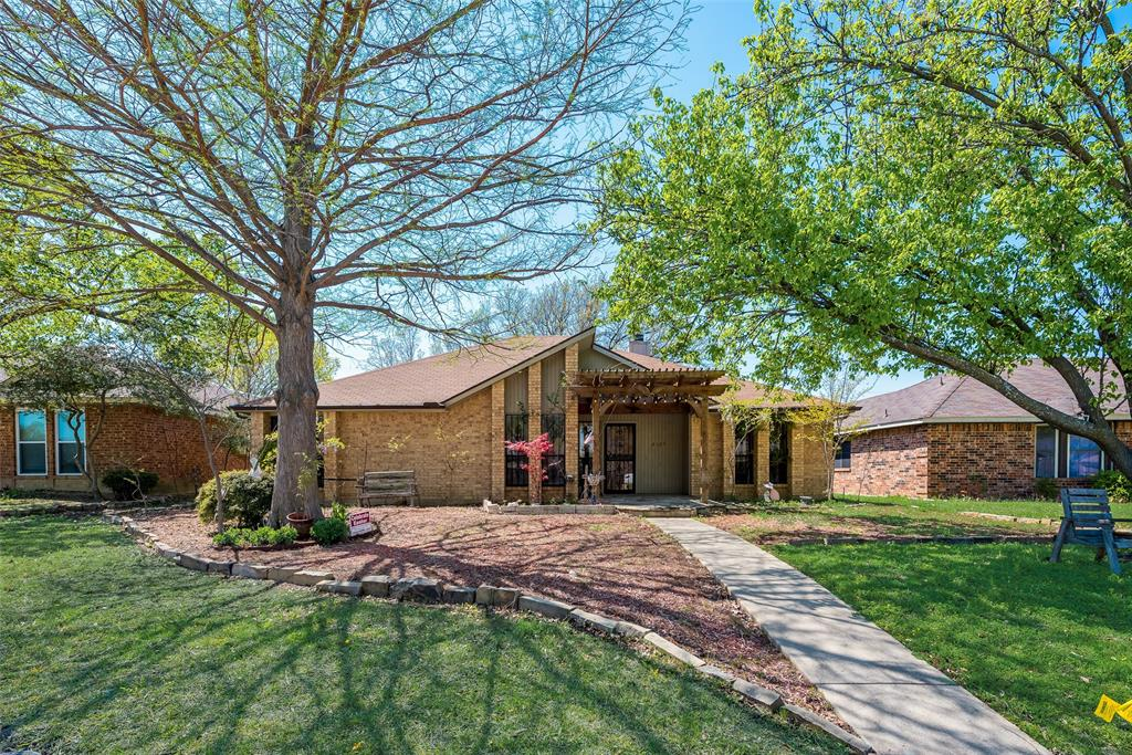 2507 HOLLOW  Bend, Mesquite, Texas 75150 - Acquisto Real Estate best plano realtor mike Shepherd home owners association expert