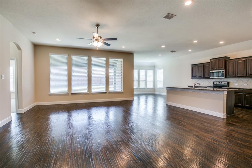 275 Ovaletta  Drive, Justin, Texas 76247 - acquisto real estate best celina realtor logan lawrence best dressed realtor