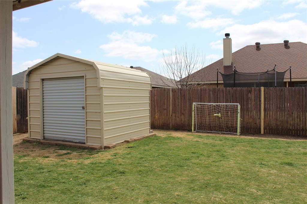 825 Shallow Water Trail, Abilene, Texas 79602 - acquisto real estate best realtor foreclosure real estate mike shepeherd walnut grove realtor