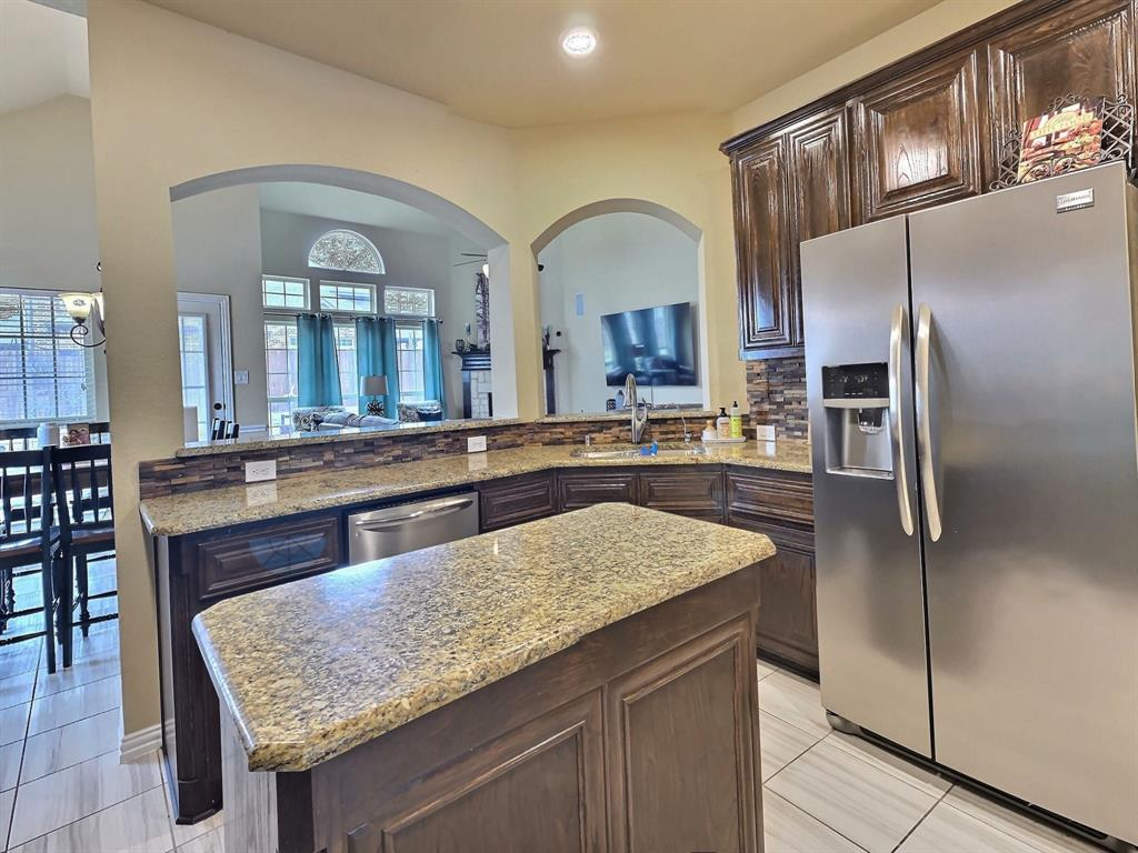 1032 Blue Heron  Drive, Forney, Texas 75126 - acquisto real estate best real estate company to work for