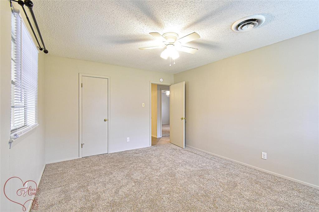 1726 Westwood  Drive, Abilene, Texas 79603 - acquisto real estate best negotiating realtor linda miller declutter realtor