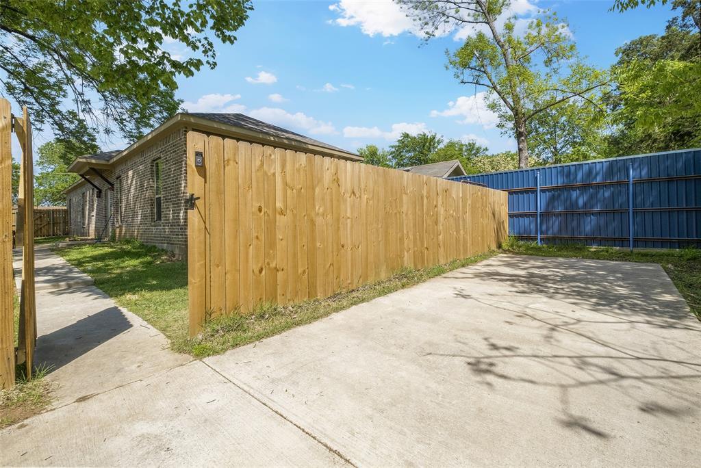 8102 Suetelle  Drive, Dallas, Texas 75217 - acquisto real estate best realtor dfw jody daley liberty high school realtor
