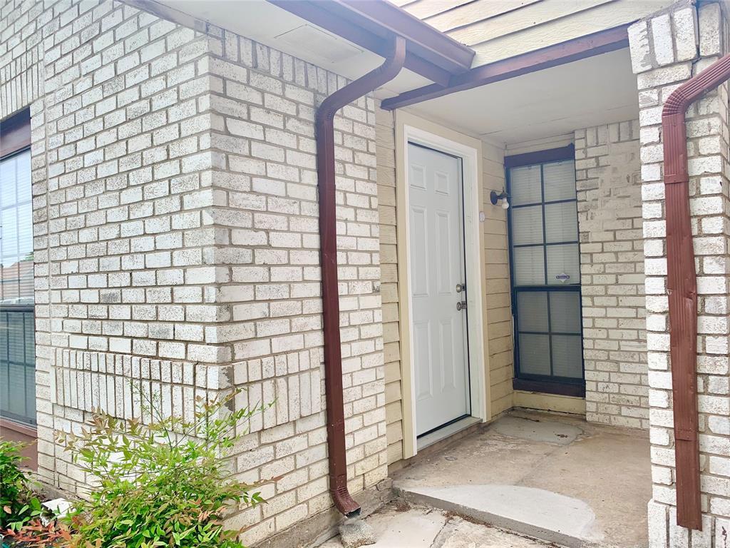 312 Navarro  Lane, Grand Prairie, Texas 75052 - acquisto real estate best frisco real estate broker in texas for high net worth buyers