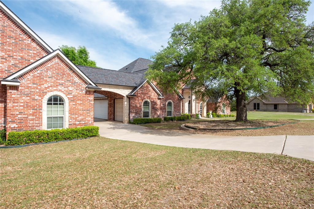 217 Horizon  Circle, Azle, Texas 76020 - acquisto real estate best realtor dfw jody daley liberty high school realtor