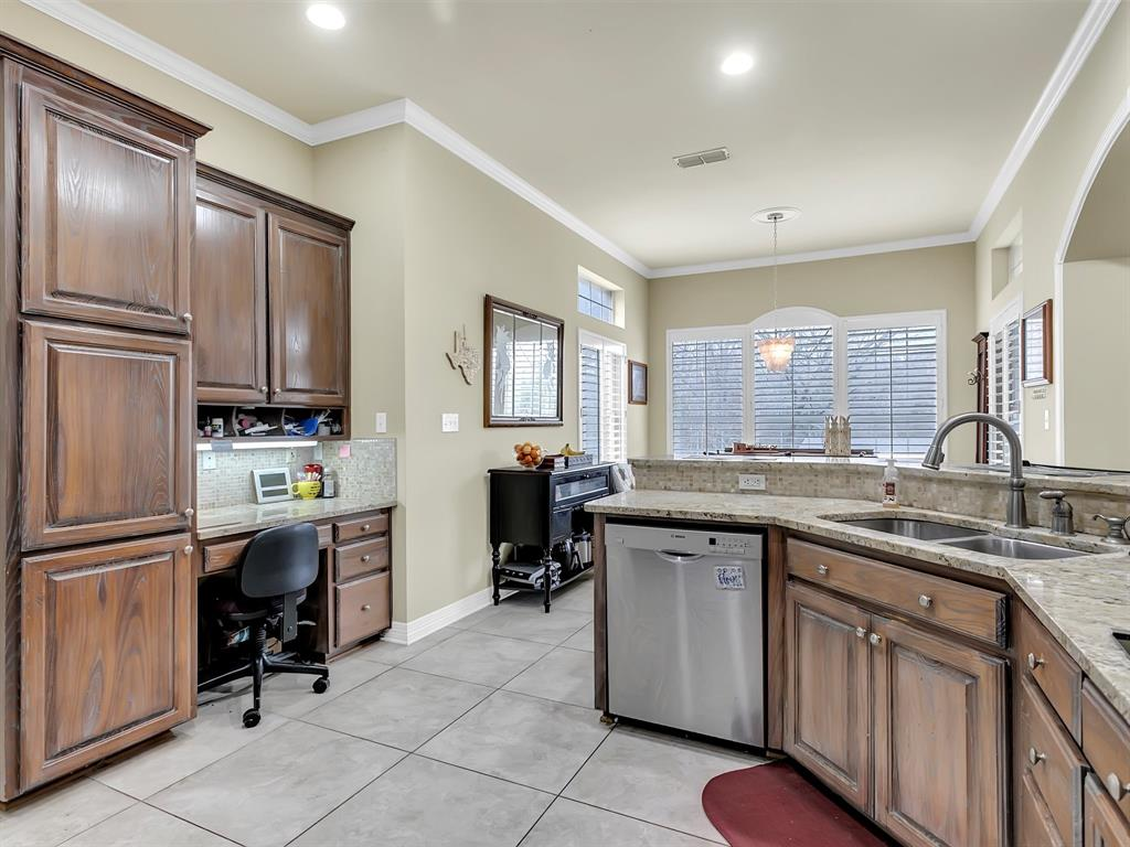22 Whispering Oaks Drive, Denison, Texas 75020 - acquisto real estate best real estate company in frisco texas real estate showings