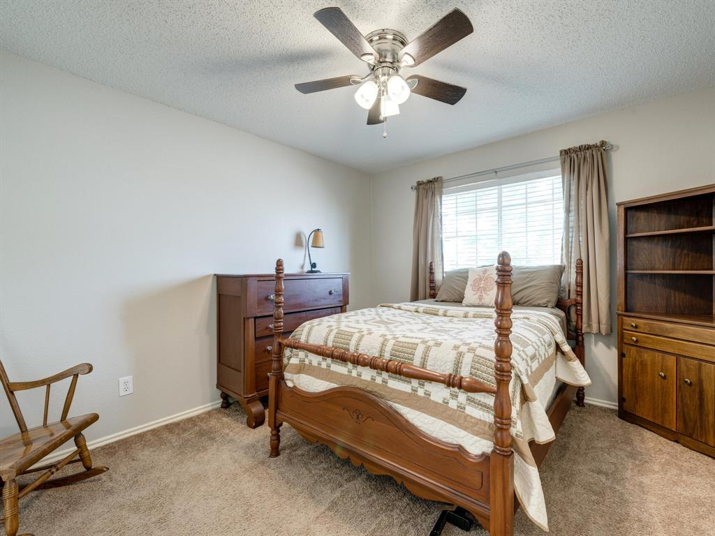 912 Azalia  Drive, Lewisville, Texas 75067 - acquisto real estate best realtor foreclosure real estate mike shepeherd walnut grove realtor