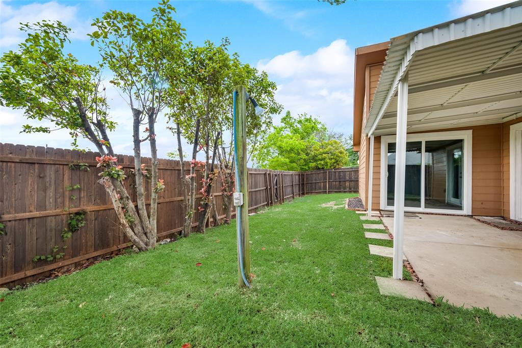 743 Meadowcreek  Court, Garland, Texas 75043 - acquisto real estate best photo company frisco 3d listings