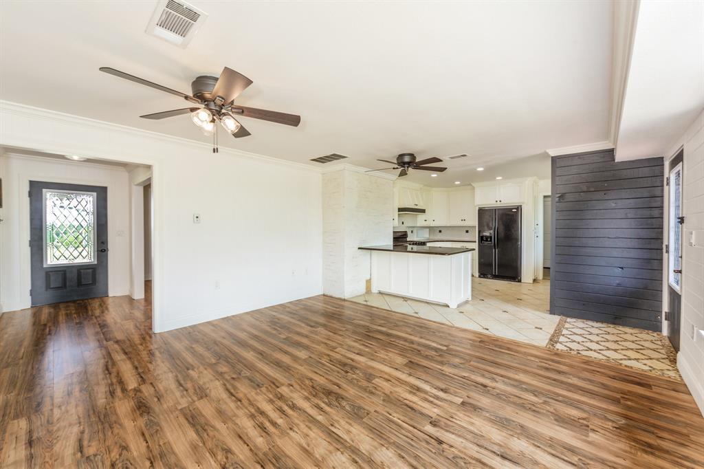 138 Silver  Street, Bowie, Texas 76230 - acquisto real estate best investor home specialist mike shepherd relocation expert
