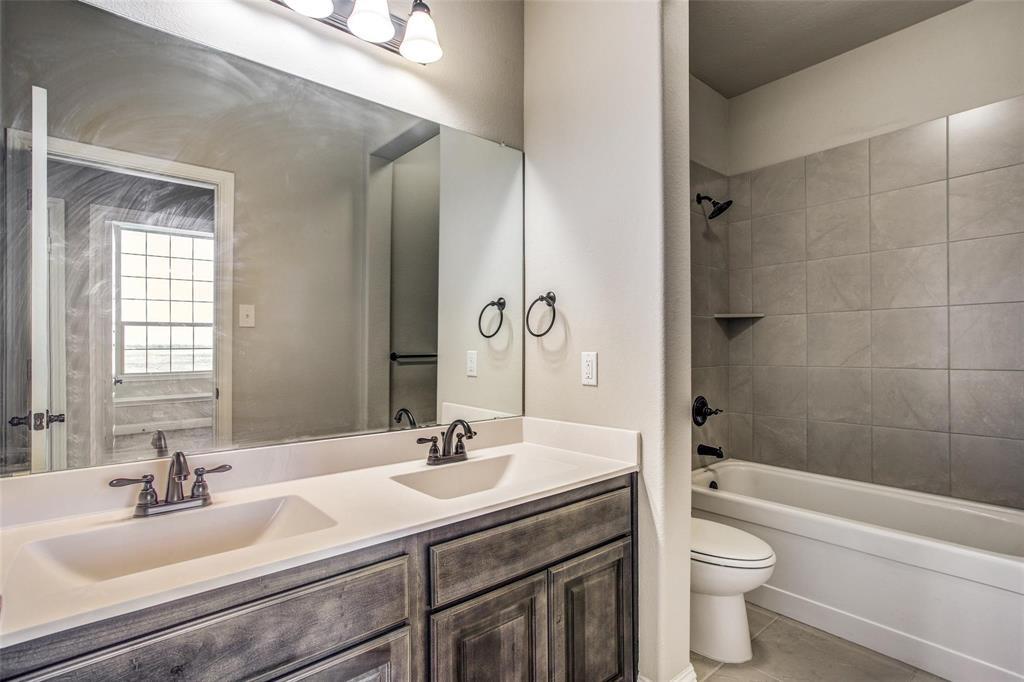 508 Washington Avenue, Waxahachie, Texas 75165 - acquisto real estate best photos for luxury listings amy gasperini quick sale real estate