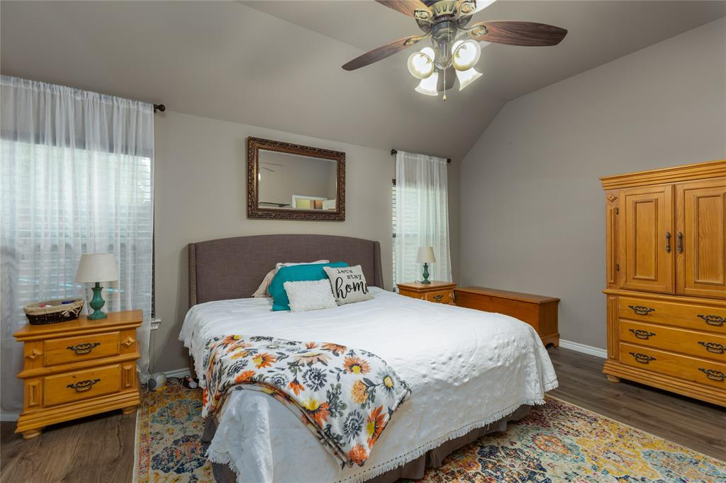112 Mitch  Court, Boyd, Texas 76023 - acquisto real estate best photos for luxury listings amy gasperini quick sale real estate