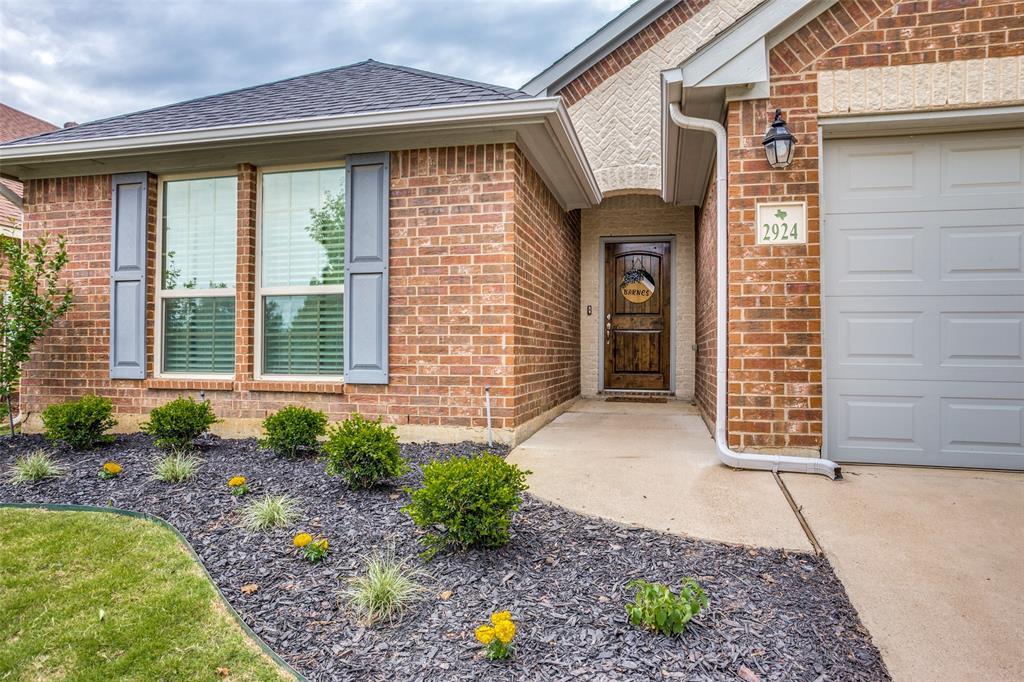 2924 Greenway  Drive, Burleson, Texas 76028 - Acquisto Real Estate best mckinney realtor hannah ewing stonebridge ranch expert