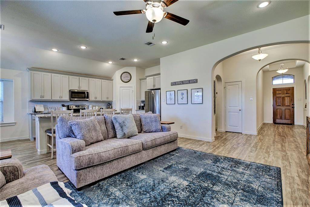 3920 Madison Lane, Denton, Texas 76208 - acquisto real estate best real estate company to work for