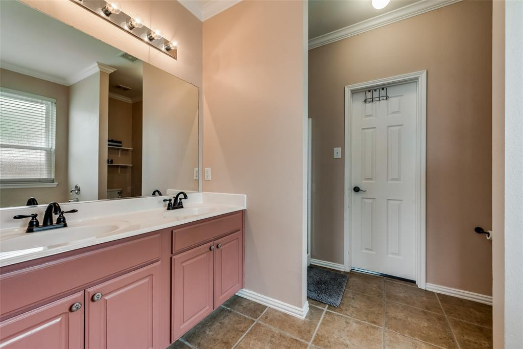 1507 Ridgetop  Court, Rockwall, Texas 75032 - acquisto real estate best realtor dallas texas linda miller agent for cultural buyers