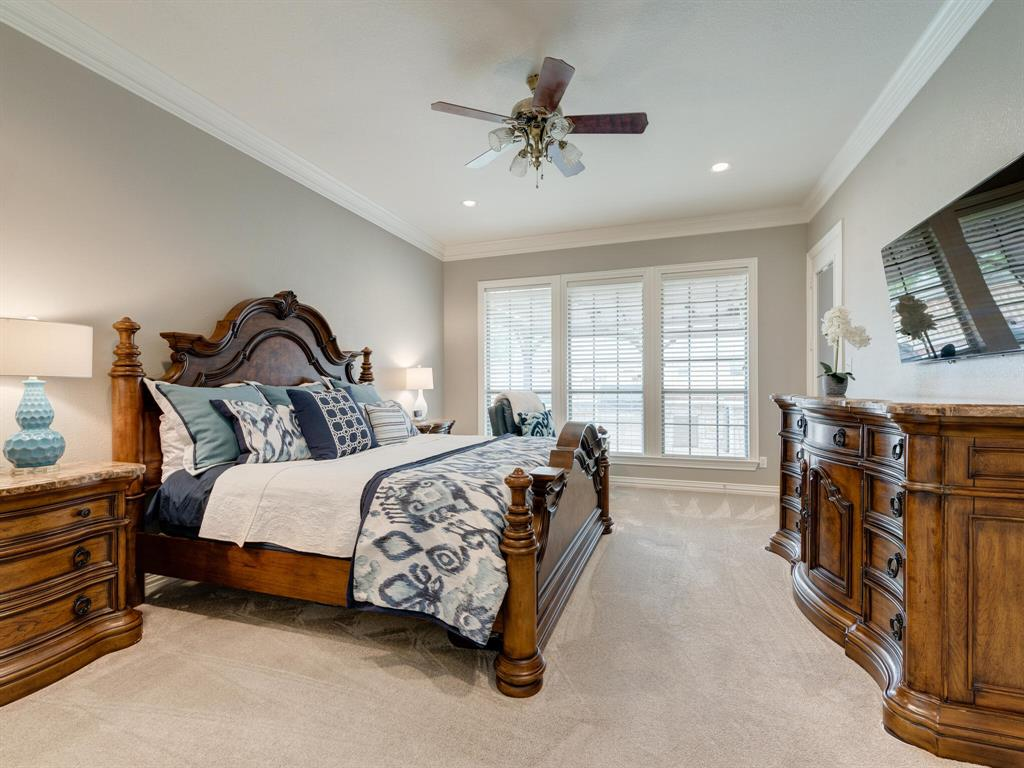 8309 Valley Oaks  Drive, North Richland Hills, Texas 76182 - acquisto real estate best realtor westlake susan cancemi kind realtor of the year