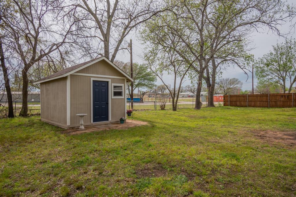 104 Oak Lane, Burleson, Texas 76028 - acquisto real estate mvp award real estate logan lawrence