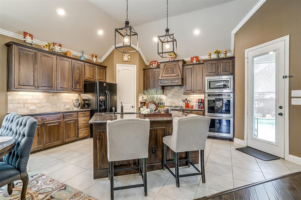 944 Merion Drive, Fort Worth, Texas 76028 - acquisto real estate best photos for luxury listings amy gasperini quick sale real estate