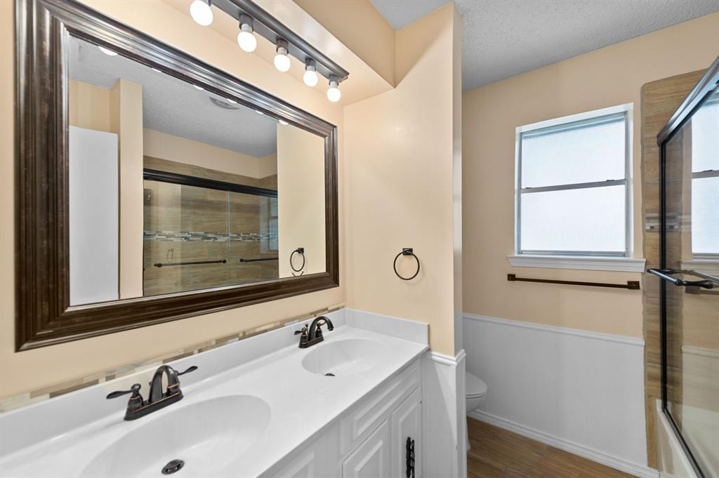 413 Salem  Drive, Hurst, Texas 76054 - acquisto real estate best realtor westlake susan cancemi kind realtor of the year