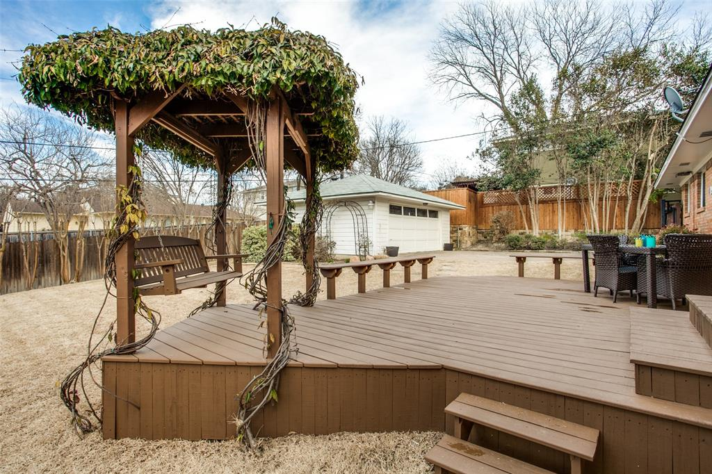 10005 Lakedale Drive, Dallas, Texas 75218 - acquisto real estate best realtor westlake susan cancemi kind realtor of the year