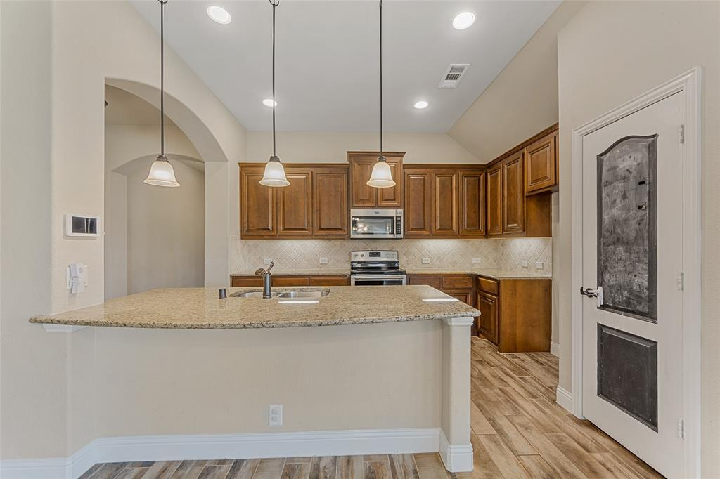 1999 Mercer  Lane, Princeton, Texas 75407 - acquisto real estate best new home sales realtor linda miller executor real estate