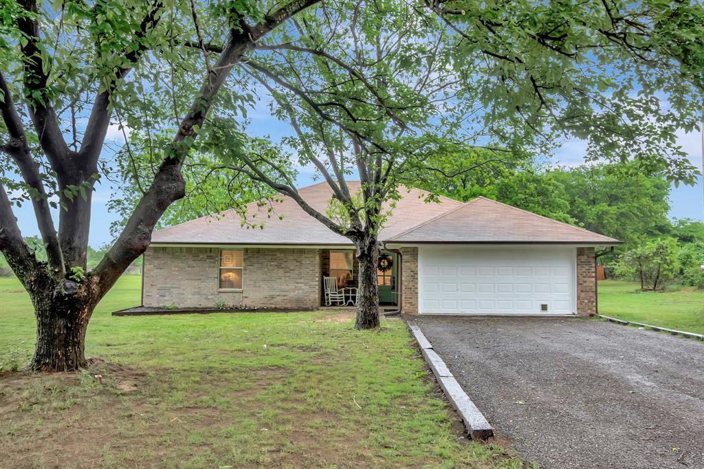 414 County Road 4659  Rhome, Texas 76078 - Acquisto Real Estate best plano realtor mike Shepherd home owners association expert