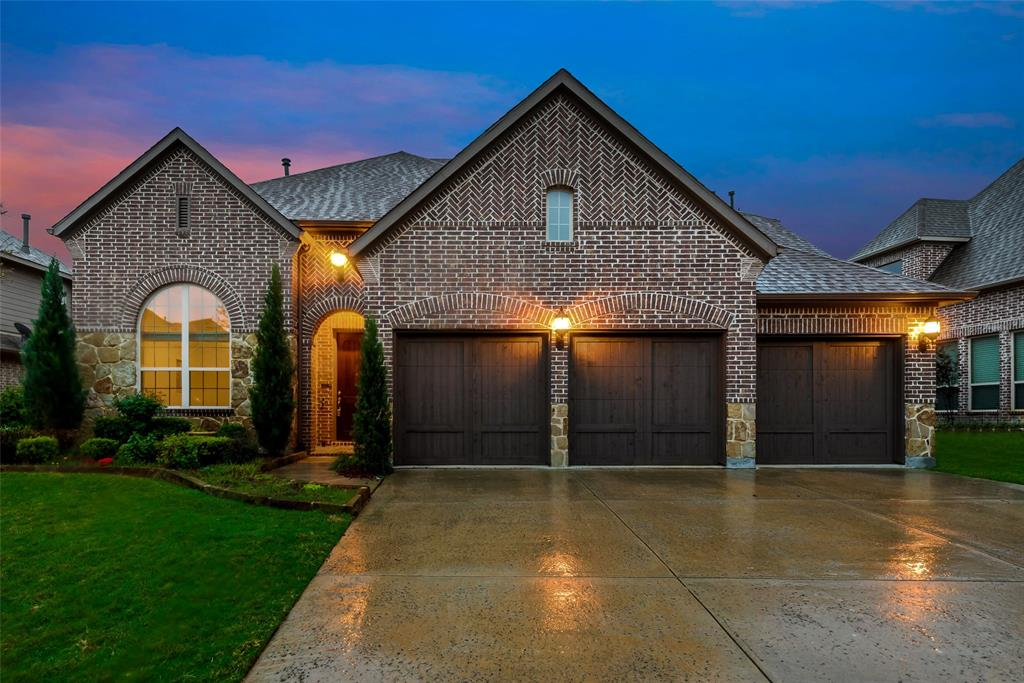 1024 Holston Hills  Trail, Roanoke, Texas 76262 - Acquisto Real Estate best plano realtor mike Shepherd home owners association expert