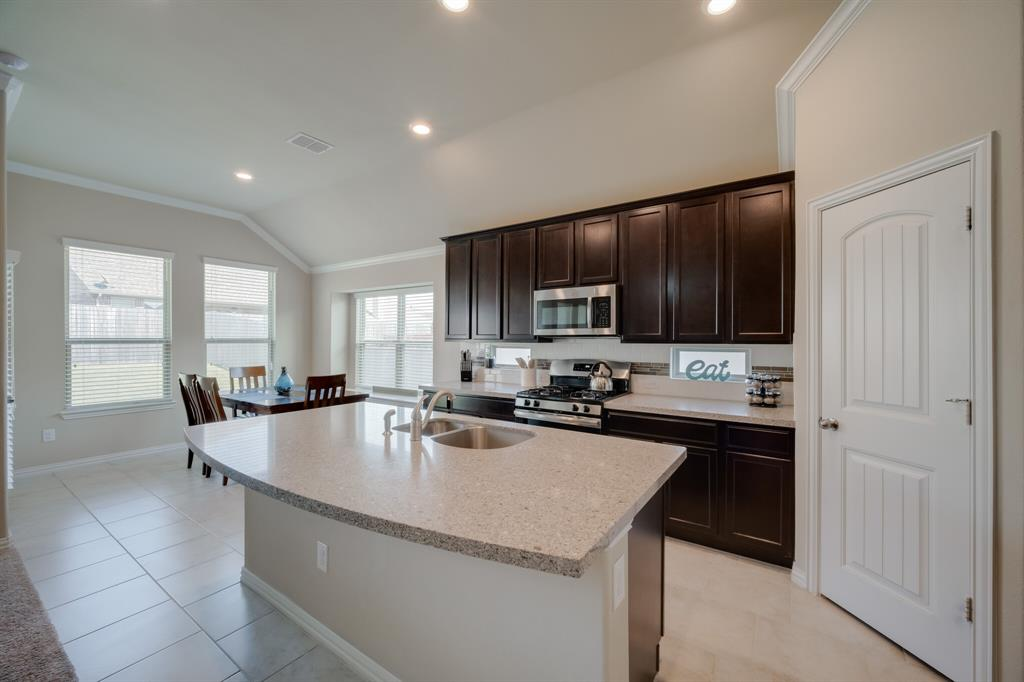 14620 Viking Lane, Fort Worth, Texas 76052 - acquisto real estate best celina realtor logan lawrence best dressed realtor