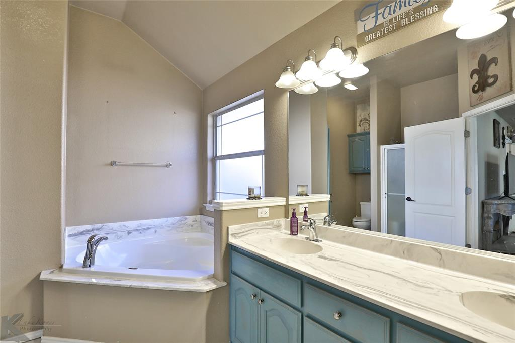 5118 Holly Way, Abilene, Texas 79606 - acquisto real estate best new home sales realtor linda miller executor real estate