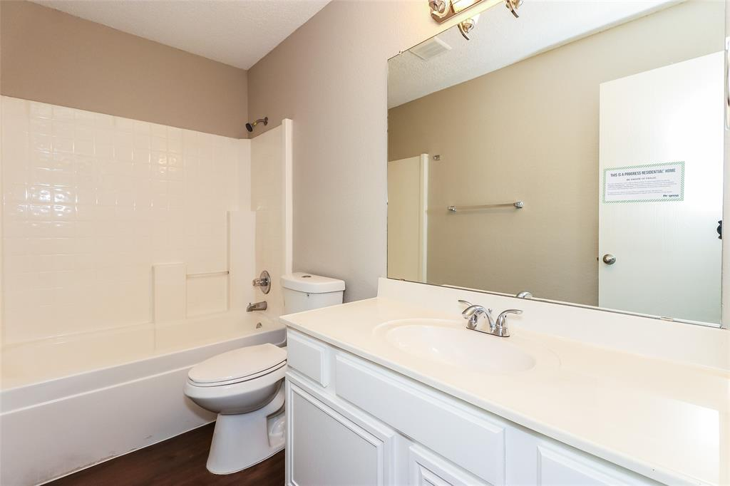 6309 Rockhaven  Drive, Fort Worth, Texas 76179 - acquisto real estate best new home sales realtor linda miller executor real estate