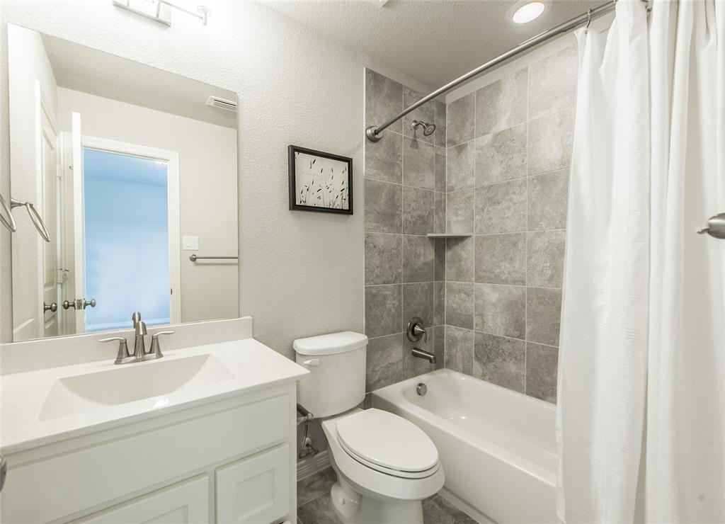 7409 Collin McKinney Parkway, McKinney, Texas 75070 - acquisto real estate best photo company frisco 3d listings