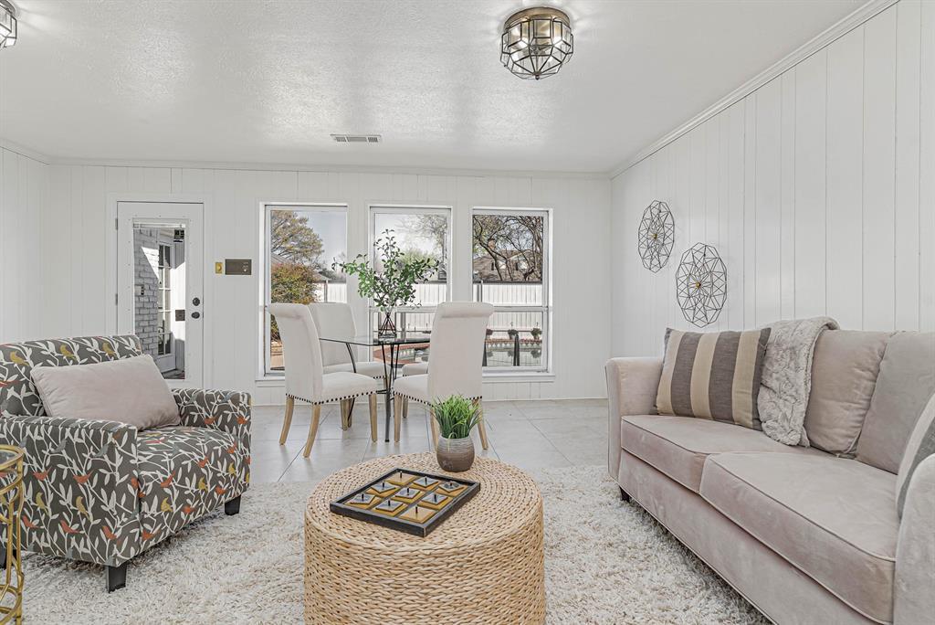 1300 Chesterton  Drive, Richardson, Texas 75080 - acquisto real estate best listing photos hannah ewing mckinney real estate expert